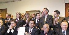 Reforma tributaria: gobierno logra histórico acuerdo con RN y UDI para destrabar debate