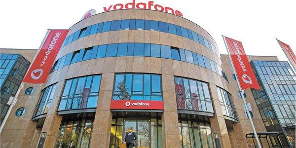 bf1615340f8 Vodafone evalúa fórmulas para concretar su arribo a la región, incluyendo  Chile