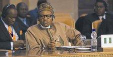 Países golpeados por caída del petróleo piden ayuda externa para apuntalar presupuestos