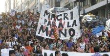 Tercer mes de Macri se complica por inflación, despido de funcionarios y negociación salarial