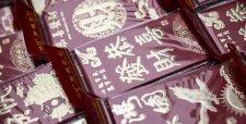 """Guerras de los """"sobres rojos"""" en China marcan las celebraciones del Año Nuevo Lunar"""