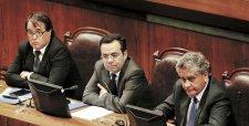 Gobierno y parlamentarios logran acuerdo para evitar juicios paralelos en casos de colusión