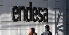 Mercado castiga acciones de Enersis y Endesa tras resolución