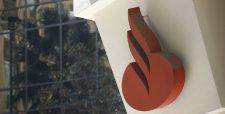 Banco Santander España cerrará más de 400 oficinas y reducirá empleo