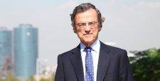 """René Cortázar: La gestión de Aylwin """"dio un verdadero golpe de timón al modo de hacer política"""""""