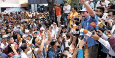 Marcha de la oposición en Venezuela logra por primera vez llegar a sedes del poder judicial
