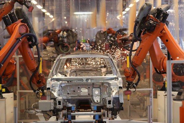 Trump Anuncia Impuestos En Contra De Autos Europeos Diario Financiero