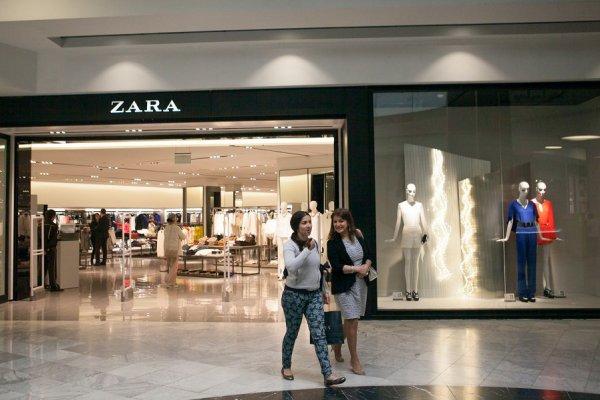 2706d4695 Zara reforma y abre en Milán su