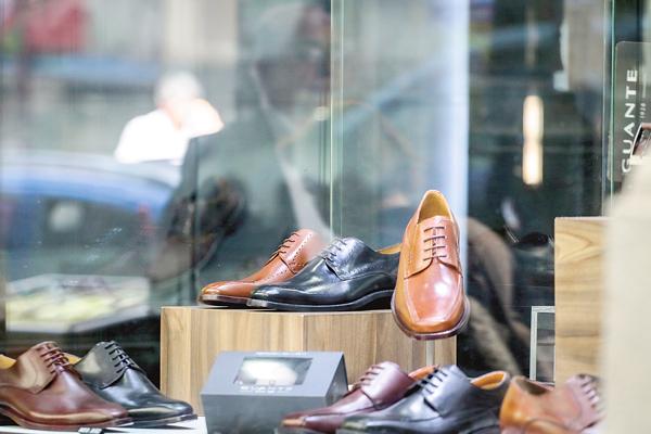 69411c86 Para la industria, el anuncio de que la histórica comercializadora de  calzado Guante pondrá fin a la elaboración de sus productos en Chile tras  90 años, ...