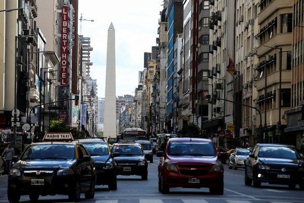 Argentina se hunde en la pobreza por la crisis y complica reelección de Mauricio Macri