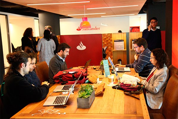 Santander espera contar con 60 Work/Café a fin de año. Foto: Julio Castro