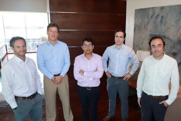 José Tomás Daire, Alberto Oltra, Amit Sodani, Jorge Vigil y Rodrigo Gómez. Foto: Julio Castro