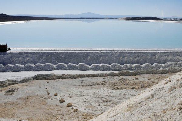 Un total de 225 puntosde monitoreo hidrológico tiene en marcha SQM. Foto: Reuters