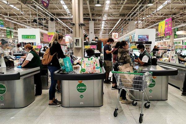 El área supermercados es el ADN de Cencosud, dijo la empresa. Foto: Agencia Uno