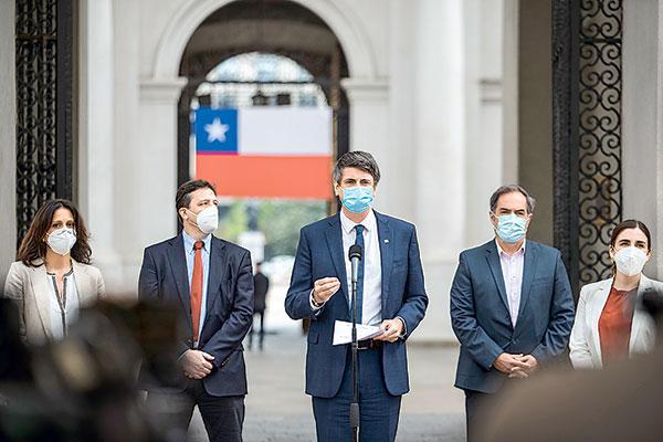 Ministro Couve Sobre Resultados De Efectividad De Vacunas